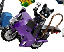 Lego-Super-Heroes-6858-Catwoman-Catcycle-City-Chase-ibrickcity