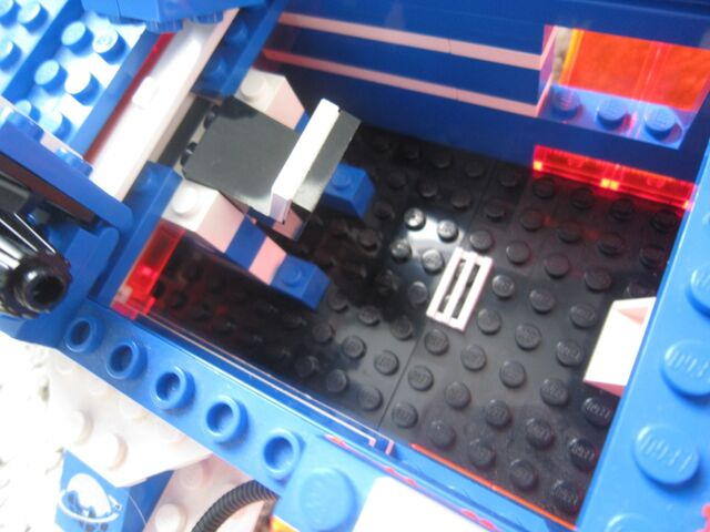 File:1000px-LEGO Today 109.jpg