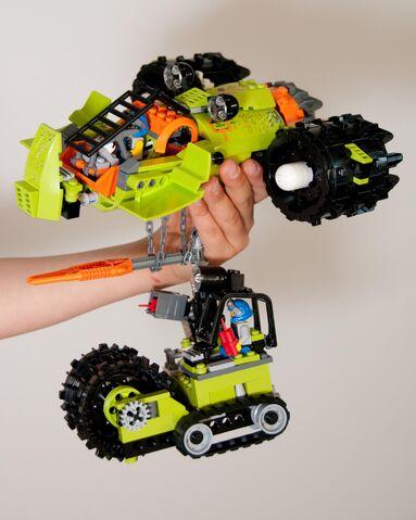 File:Aero Shredder left.jpg