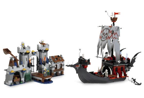 File:7029 Skeleton Ship Attack.jpg