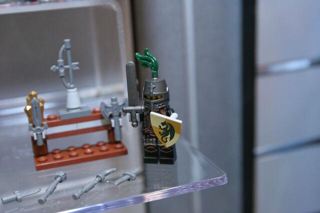 File:LEGO Toy Fair - Kingdoms - 6918 Blacksmith Attack - 06.jpg