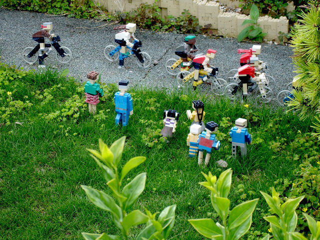 File:Lego Tour de France.jpg