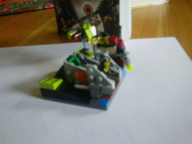 File:AlienorRobotbyCP.JPG