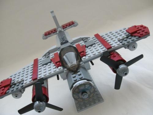 File:De Havilland Mosquito.jpg