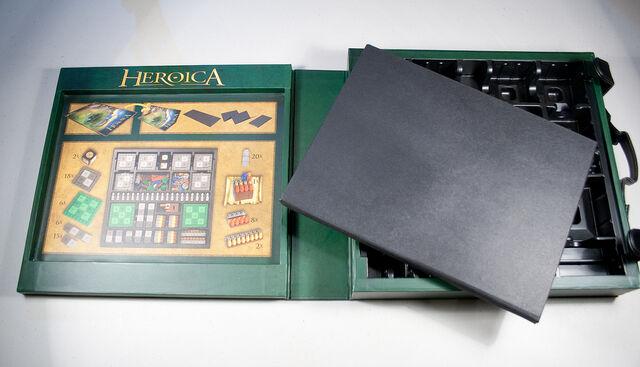 File:Heroicabox-5.jpg