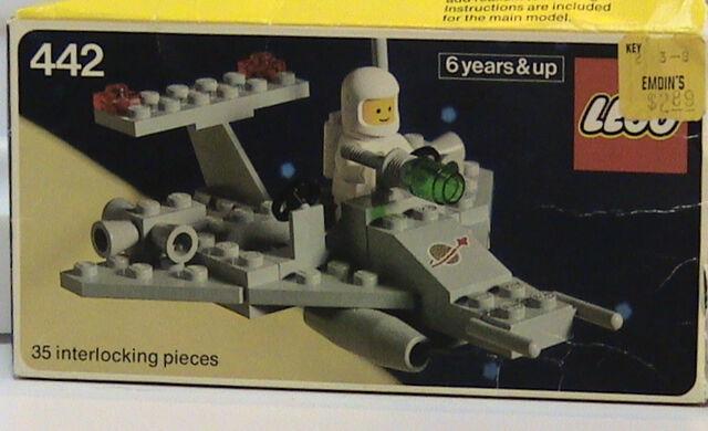 File:442 Box.jpg
