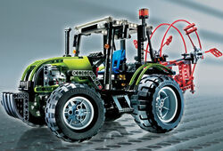 8284 Tractor