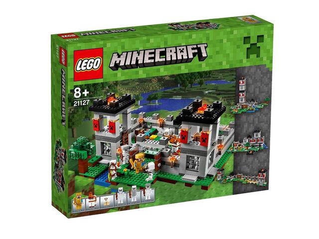 File:LEGOMinecraftFortress.jpg