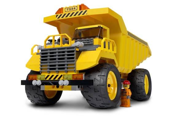 File:Dump truck.jpg