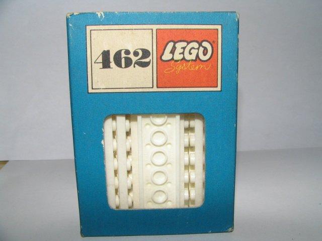File:462-2 x 8 Plates, White.jpg