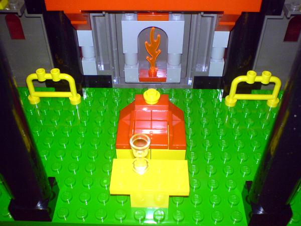 File:6097 Throne.jpg