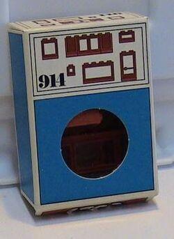 914-Windows, Red