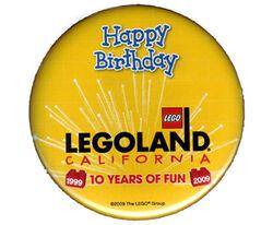 Pin49-Legoland California Happy Birthday