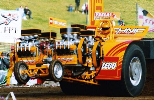 File:Fox Team Larsen Tractor.jpg