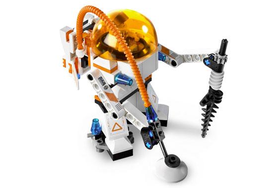 File:7646 Astronaut Mining Mech.jpg
