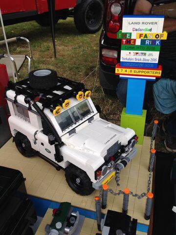 File:Land Rover.jpeg