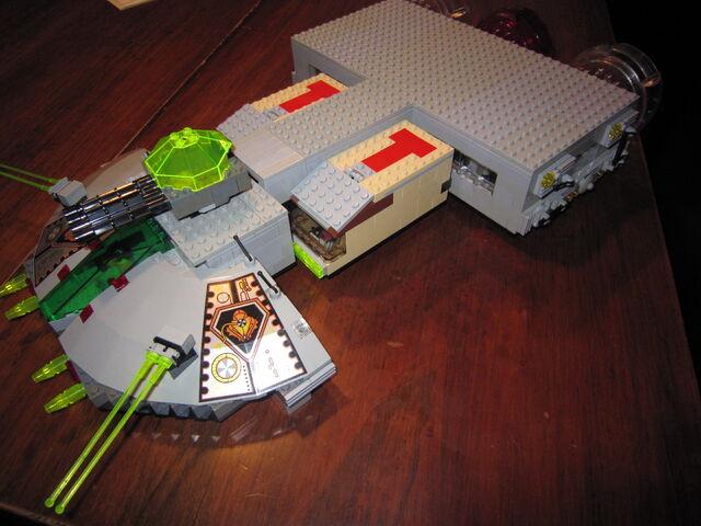 File:BF2 Large Spaceship.jpg