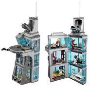 76038-avengers-tower-600x588