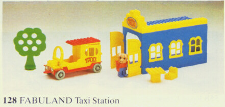 File:128-Taxi Station.jpg