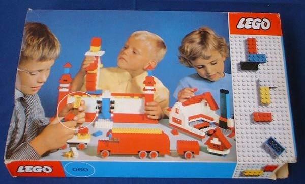 File:060-Basic Building Set in Cardboard.jpg