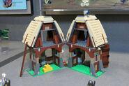 LEGO Toy Fair - Kingdoms - 7189 Mill Village Raid - 19