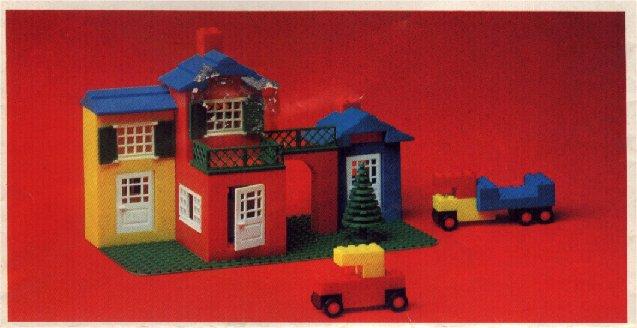 File:16-City Square Set.jpg