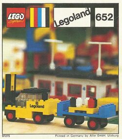 652-Fork Lift Truck and Trailer