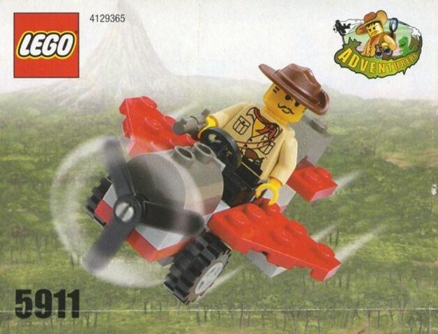 File:Johnny Thunder's Plane.jpg