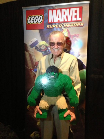 File:Stan Lee with LEGO Hulk.png