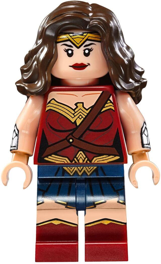 File:Lego-Superman-v-Batman-76046-Heroes-of-Justice-Sky-High-Battle-Set-Wonder-Woman-Minifigure.jpg