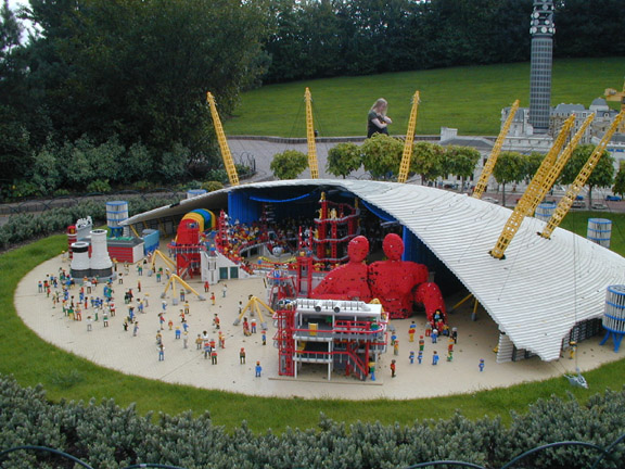 File:Legoland-Dome.jpg