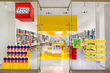 File:LEGOstore2.jpg