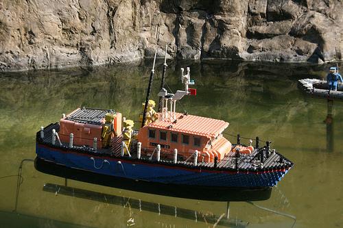 File:Legoland-lifeboat.jpg