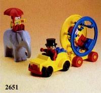 2651 Circus Artists