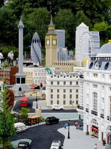 File:Lego London 2.jpg