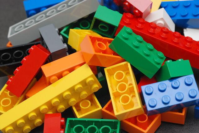 File:Brickbanner.jpg