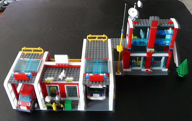 File:7208 Fire Station.jpg