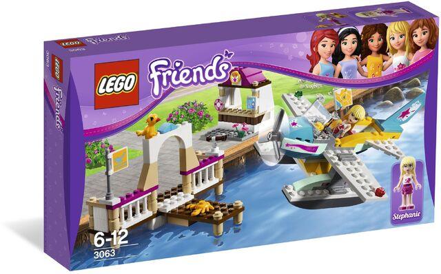 File:Lego-friends-3063-letecky-klub-heartlake--H017323-182961.jpg