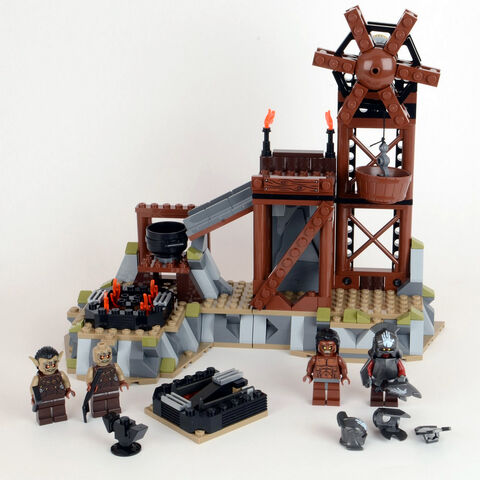 File:9476-the-orc-forge-lego.jpg