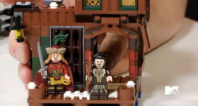 File:Lego-the-hobbit-lake-town-chase-4.jpg