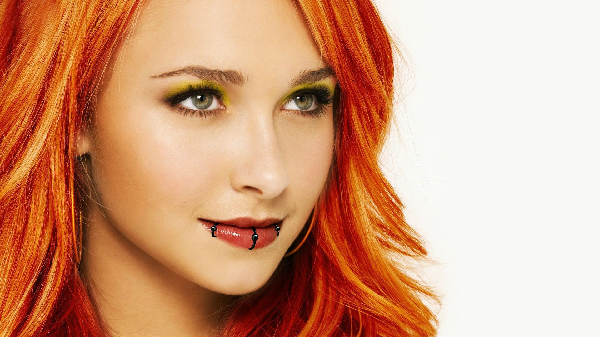 Image Picture Hayden Panettiere Red Fire Hair Wallpaper