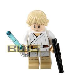 Luke skywalker flesh short blonde hair tatooine white pupils