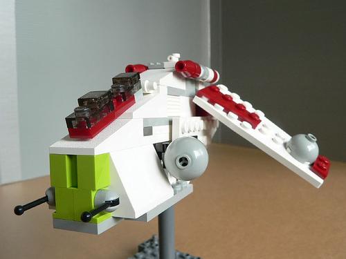 File:4490 MINI Republic Gunship.jpg