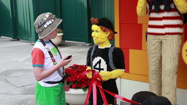 Finding Lego Pod 2