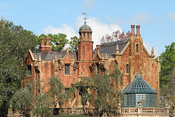 File:250px-The Haunted Mansion.jpg