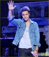 Kris-allen-the-vision-of-love-live-on-american-idol-05