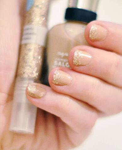 File:Tipped nail art.jpg