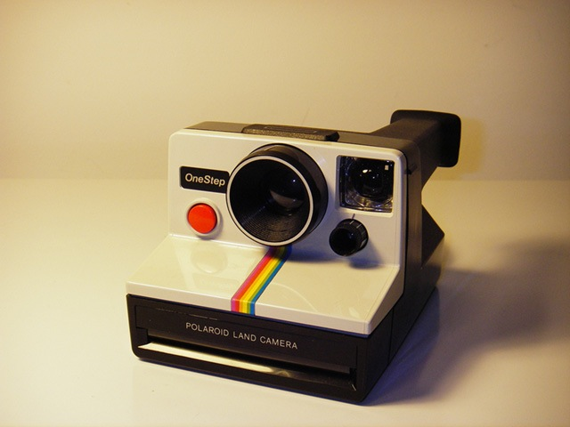 File:Polaroid.jpg