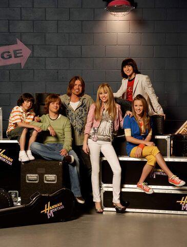 File:Hannah Montana Season 2.jpg