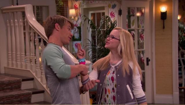 File:Josh and Maddie Singing.png
